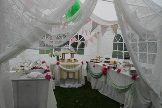 rustic-inn-outdoor-party-catering